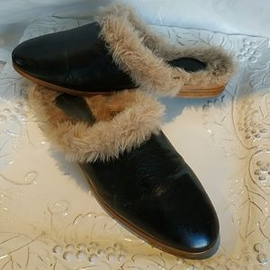 Zara leather and fur mules sz 39.great cond.